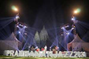 Fourtwnty tampil di Prambanan Jazz Virtual Festival 2020. (Foto: Instagram @prambananjazz)