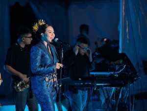 Yura Yunita tampil di Prambanan Jazz Virtual Festival 2020. (Foto: Instagram @prambananjazz)