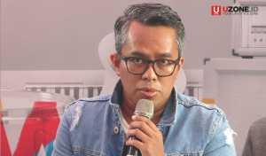 Adib Hidayat sebagai pengamat musik menjadi pembicara di press consfrence Soundrenaline 2017 / © Ari Setiyawan