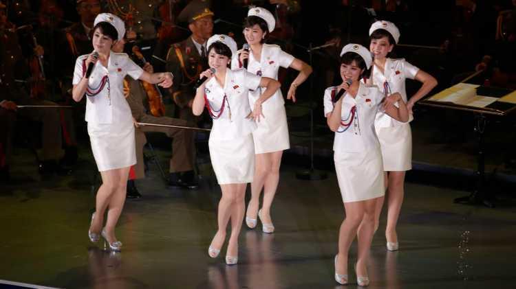 Moranbong Girlband Bentukan Diktator Korea Utara Cantik tapi......