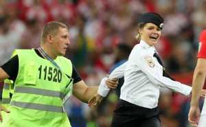 Sepak Terjang Si Cantik Pussy Riot, Penyusup di Final Piala Dunia