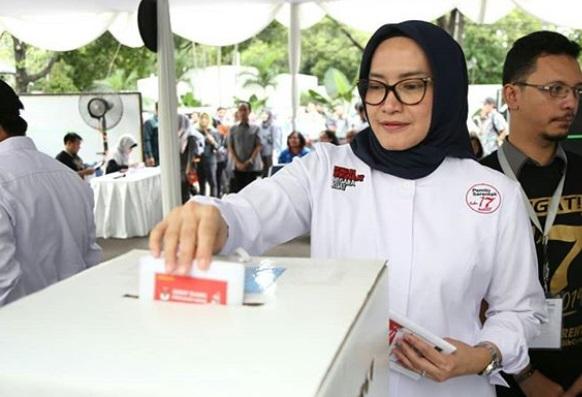 Tak Diatur KPU, Waspadai Hoaks Exit Poll Luar Negeri