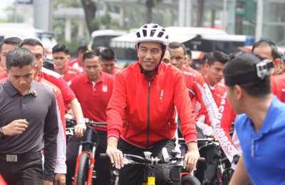 Saat Iriana Geregetan dengan Rambut Jokowi yang Tak Rapi