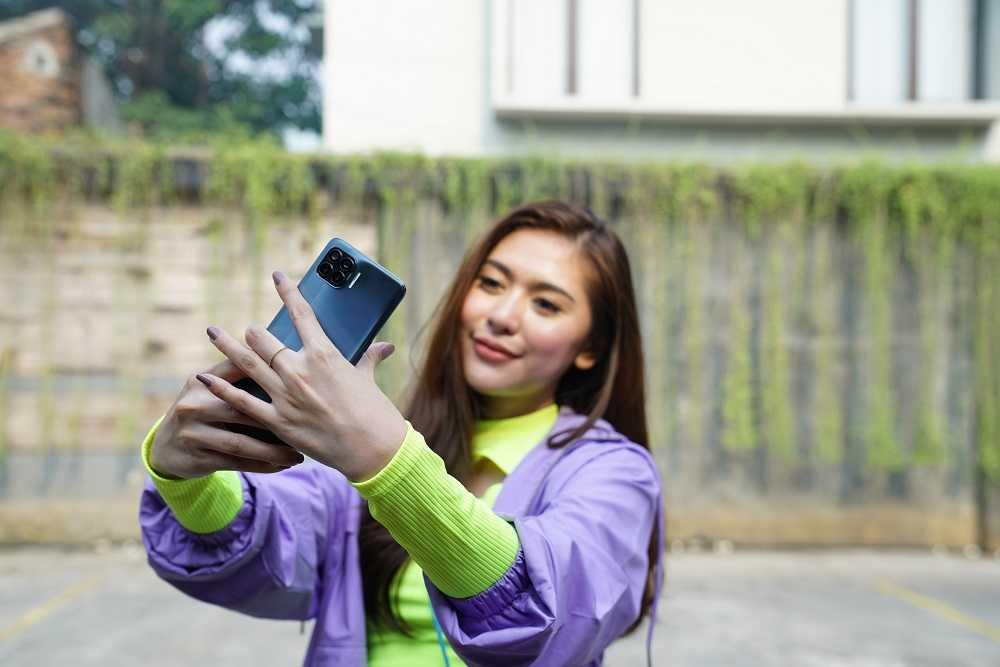 5 Fitur di Kamera Oppo Reno4 F yang Bisa Bikin Keren Instagram Feed