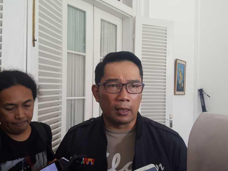 Kemiripan Ridwan Kamil dengan Dilan
