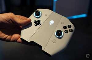 Kontrolernya pun bisa diubah menjadi joystick (Foto: Engadget)