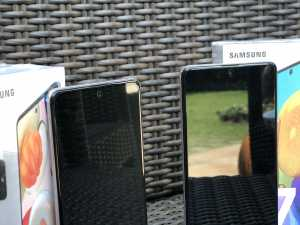 Samsung Galaxy A71 dan A51 sama-sama hadir dengan kamera depan beresolusi 32MP. (Foto: Birgitta Ajeng/Uzone.id)