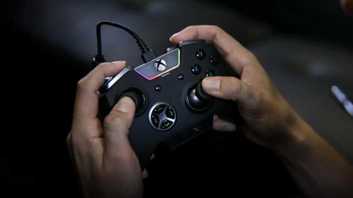 Oppo Patenkan Kontrol Game yang Ada Gamepad dan Wadah Earphone