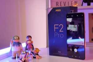 Poco F2 Pro punya layar Super AMOLED berukuran 6,67 inci dengan resolusi 1.080x2.400 piksel. Dilindungi dengan Gorilla Glass 5. (Ranny Utami/Uzone.id)