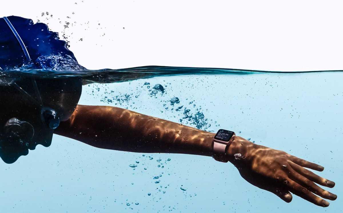 Takut Berenang di Laut? Apple Watch Kemungkinan Akan Punya Sensor Deteksi Hiu