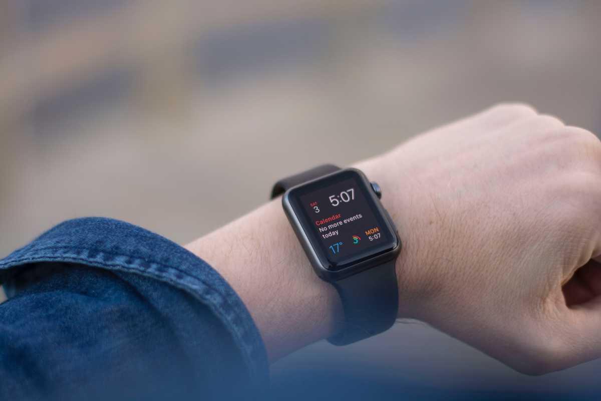 Apple Watch Generasi Baru Bisa Deteksi Serangan Panik?