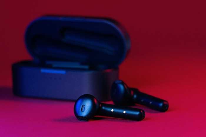 Jajaran Earphones TWS di Bawah Sejuta untuk Habiskan THR