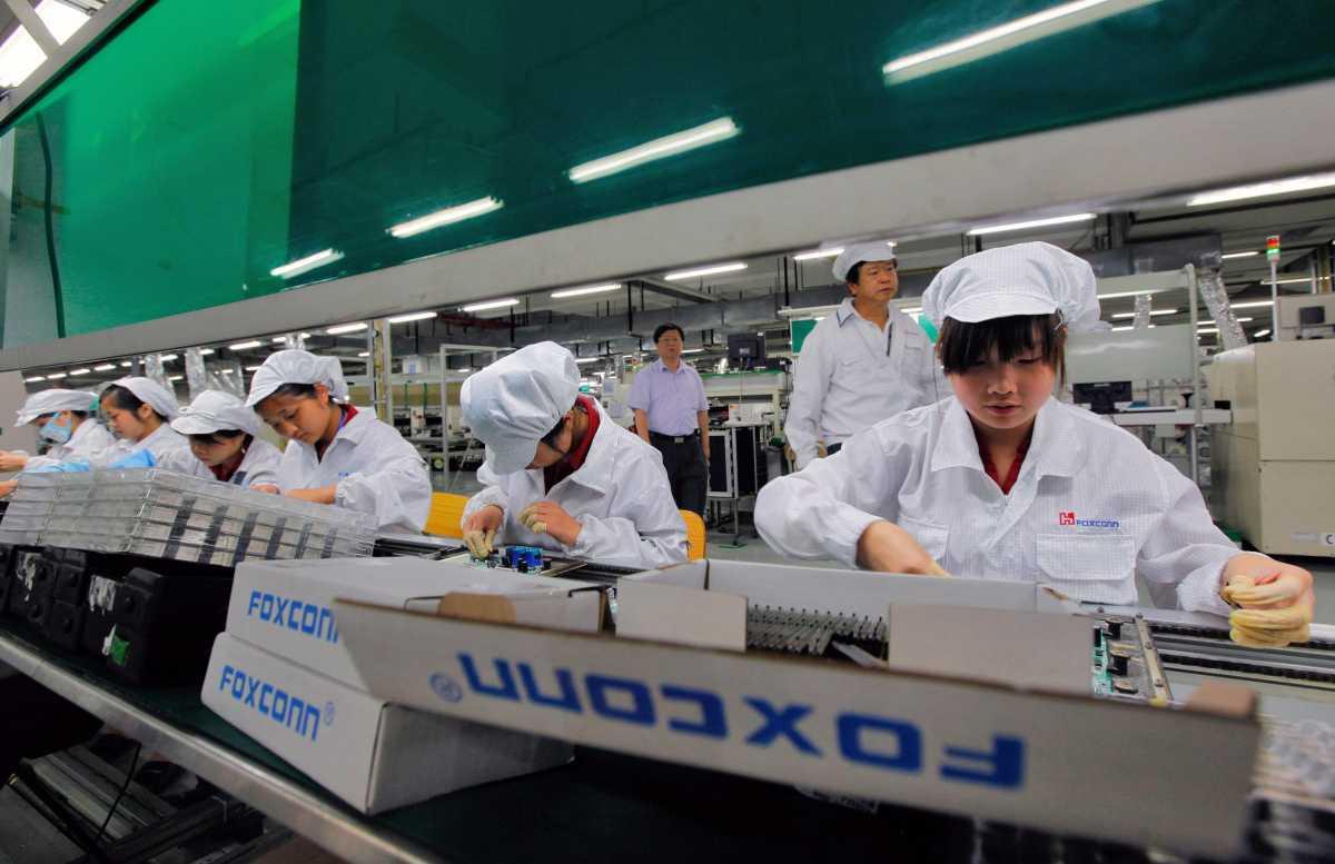 Pabrik Pembuat iPhone Mau Ikutan Bikin Kendaraan Listrik