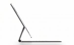 """Diberi nama """"magic keyboard"""", konsep ini tak cuma bisa dilipat, namun ketika dipasangkan ke iPad Pro, tablet ini bisa terangkat seperti ini. (dok. Apple)"""