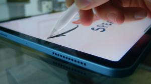 Sudah mendukung Apple Pencil juga, iPad Air 4 siap dilepas di pasaran pada Oktober 2020.