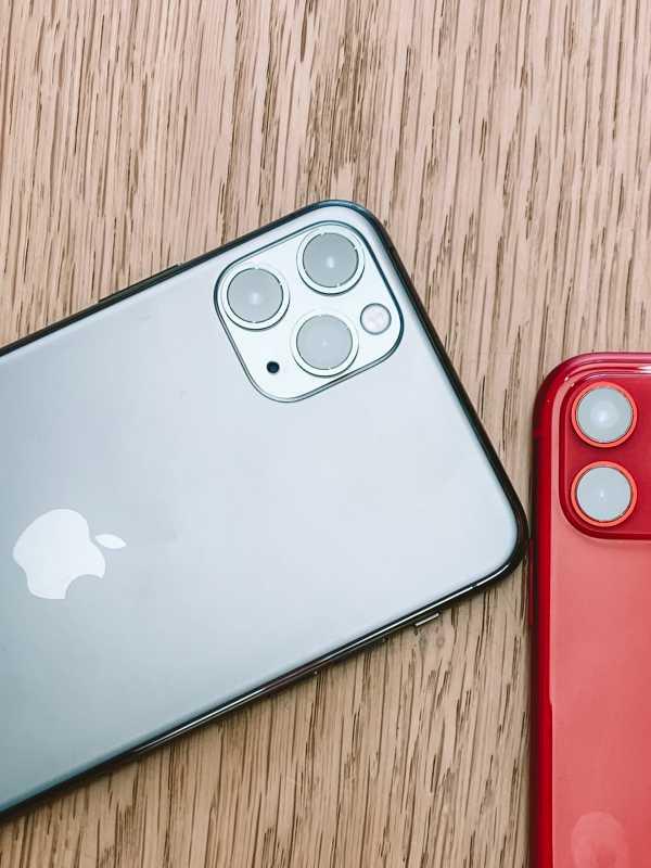 Virus Corona Paksa Foxconn Pangkas Produksi iPhone