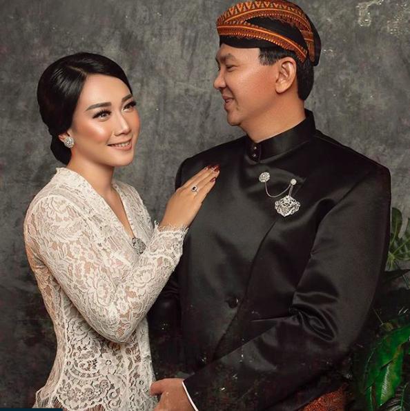 Unggahan Foto <i>Wedding</i> Ahok Bikin Geger Netizen