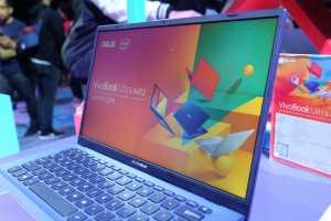 Sementara prosesor, laptop ini terdiri dari varian Intel i3 sampai i7.