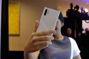 Laporan dari Seoul:  Alasan Samsung Pindahkan Semua Tombol Note 10 ke Kiri