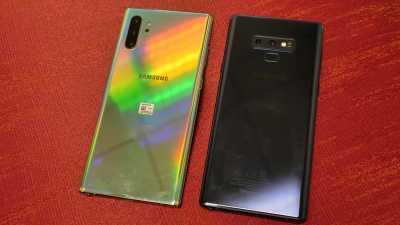 Galau Ganti Ponsel Apa Gak? Ini Bedanya Galaxy Note 9 vs. Note 10+