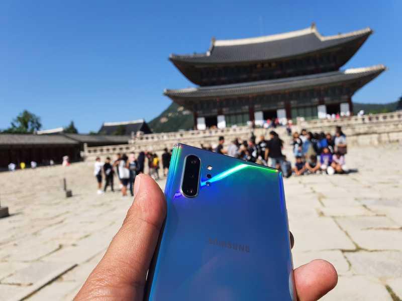 Laporan dari Seoul, 4 Hal yang Dicari Konsumen Indonesia Saat Beli Ponsel Pintar