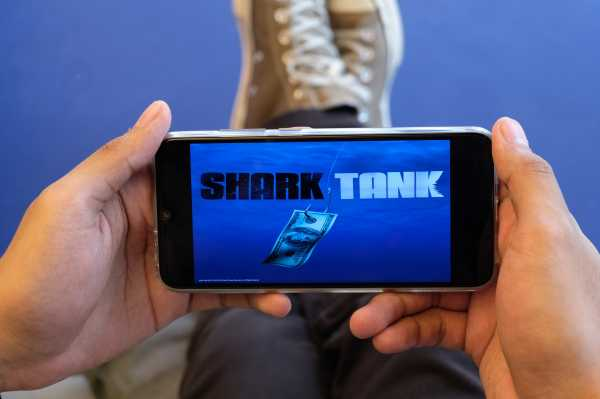 Punya Cita-cita jadi Pebisnis? Tonton Reality Show 'Shark Tank' di MaxStream