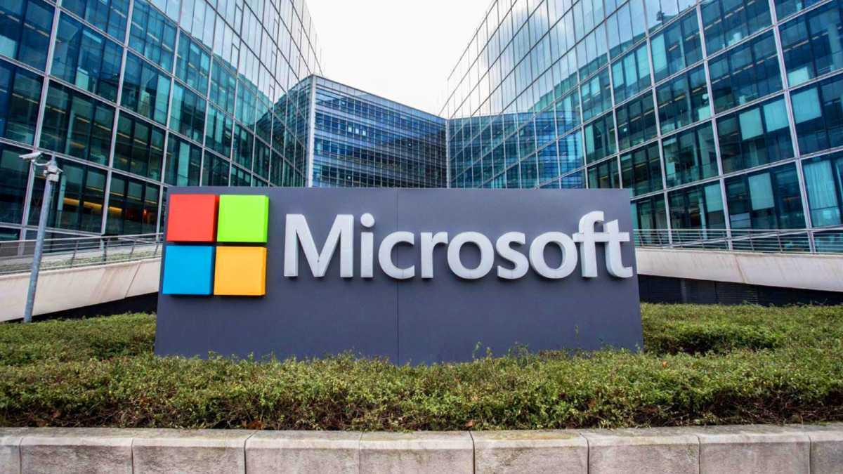 Microsoft Chatbot Bisa Bangkitkan Orang Sudah Meninggal