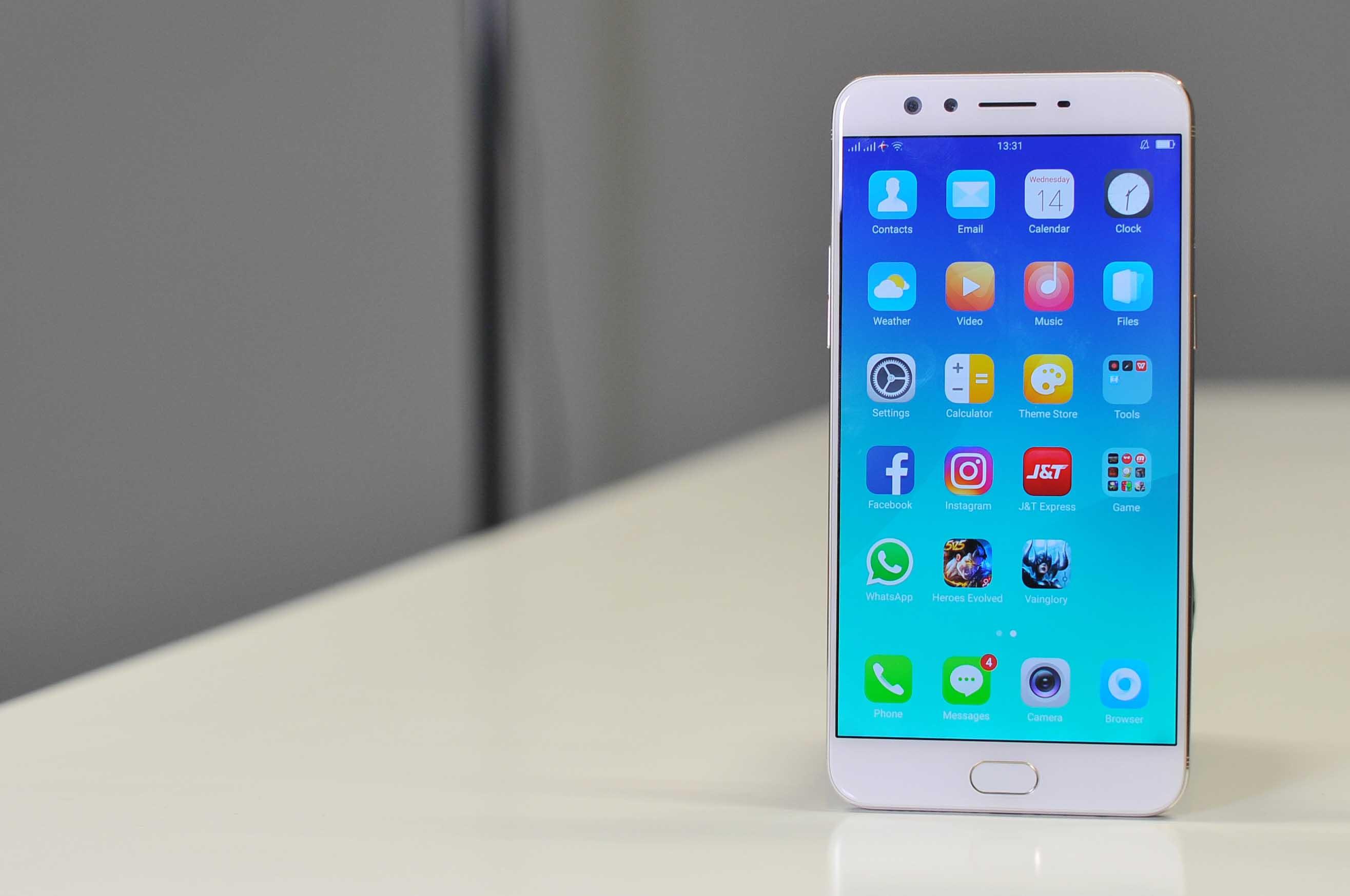 Review Oppo F3 Plus, Ponsel Selfie Berbaterai Bongsor