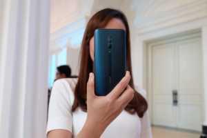 Tips Foto <i>Like a Pro</i> Pakai Ponsel Secanggih Oppo Reno 10x Zoom