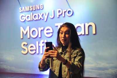 Samsung Hadirkan Ponsel untuk Pecinta 'Vlogging'