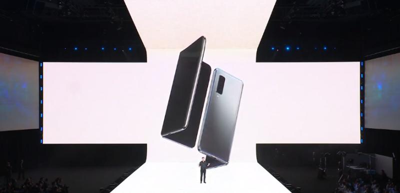 Ponsel Lipat Samsung Galaxy Fold Mudah Rusak atau <i>Human Error</i>?