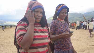 Banjir di Sentani, Telkomsel Gunakan Mobile Backup Power agar Layanan Aman