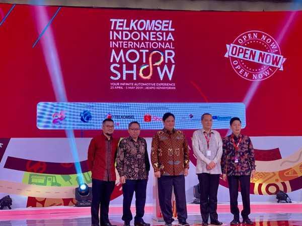 Telkomsel Pamer IoT di Pameran Otomotif IIMS 2019