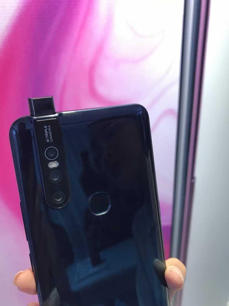 Kamera Bisa Keluar-Masuk Vivo V15 Gampang Rusak?