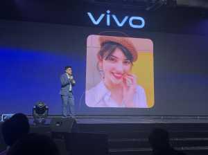 Fitur <i>Pose Master</i> di Vivo V17 Pro, Bikin <i>Selfie</i> Bak Super Model