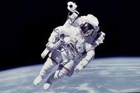 Berapa Gaji Astronaut NASA?