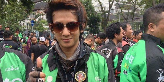 Lagi Viral, Mantan Boyband jadi Sopir Ojek Online