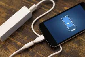 Tips <i>Charging</i> Ponsel Biar Baterai Gak Cepat Rusak