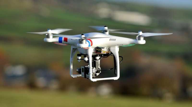 Aksi Drone Selamatkan Orang Nyaris Tenggelam di Laut
