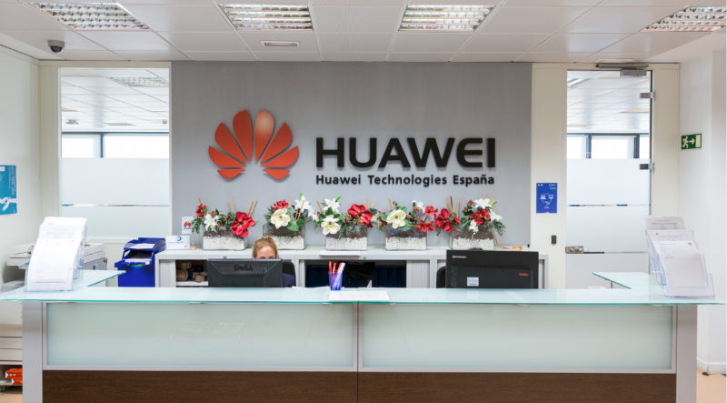 Huawei Bisa <i>Boncos</i> Triliunan Rupiah Karena Donald Trump