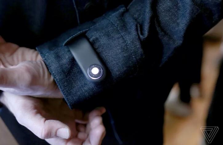 Teknologi Google di Jaket Pintar ini Bisa Ingatkan Pengguna Agar Ponsel Tidak Ketinggalan