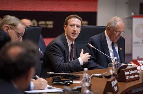 Zuckerberg Kritik Sikap Twitter yang Bikin Trump Ngambek