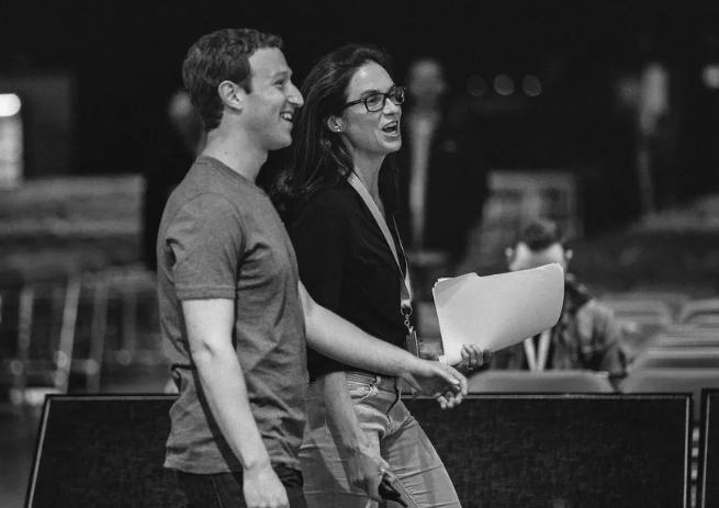 Giliran Mark Zuckerberg yang Ditinggal Eksekutif Kepercayaannya