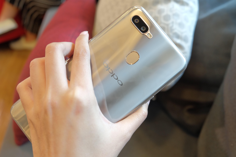 Oppo Bantah Jajal OS HongMeng Milik Huawei