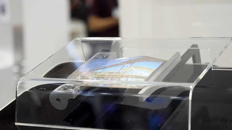 Sony Siapkan Ponsel yang Layarnya Bisa Digulung
