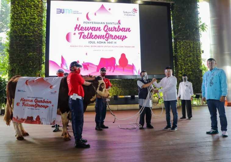 TelkomGroup Salurkan Lebih dari 1.000 Hewan Kurban di Seluruh Indonesia