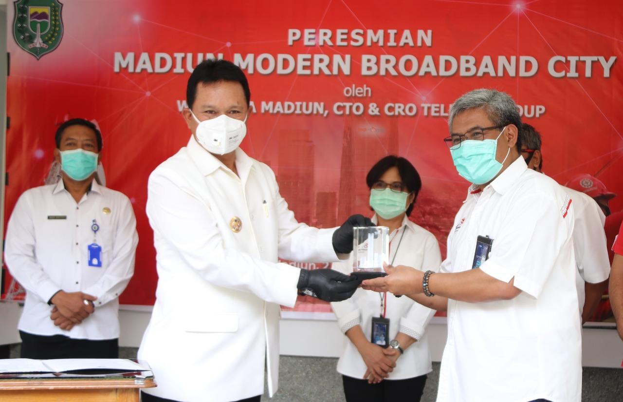 telkom madiun (2)