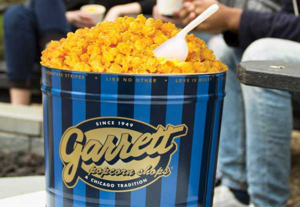 Alasan Orang Indonesia Suka Banget Garrett Popcorn