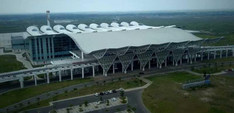 Ini Pesawat Pertama yang Mendarat di Bandara Kertajati