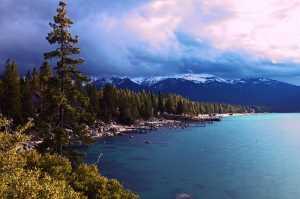 """Mengintip Keindahan Danau Tahoe, Tempat Mark Zuckerberg Naik """"Paddle"""""""